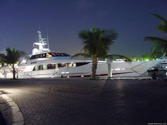 Исмаил Шангареев | Белая яхта в Дубае